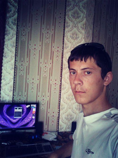 Артем,25лет,Кривой Рог
