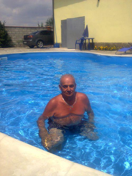 Игорь,69лет,Макеевка