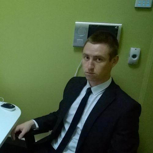 Игорь,31год,Киров